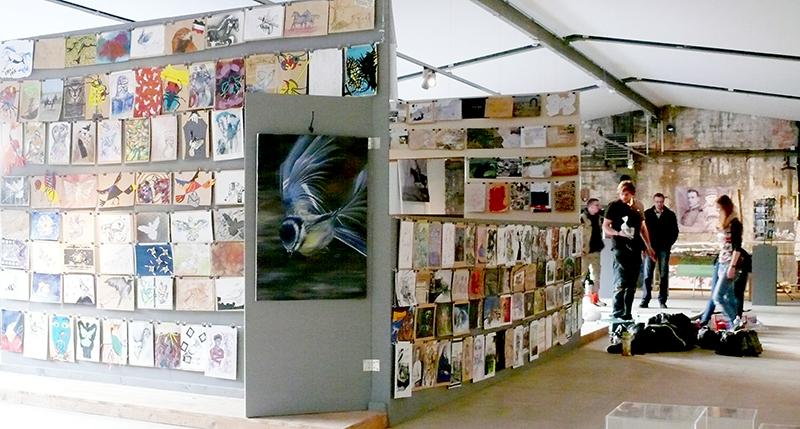 Foto 1: Ausstellungsaufbau T